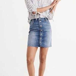 Abercrombie & Fitch Button Up Denim Skirt